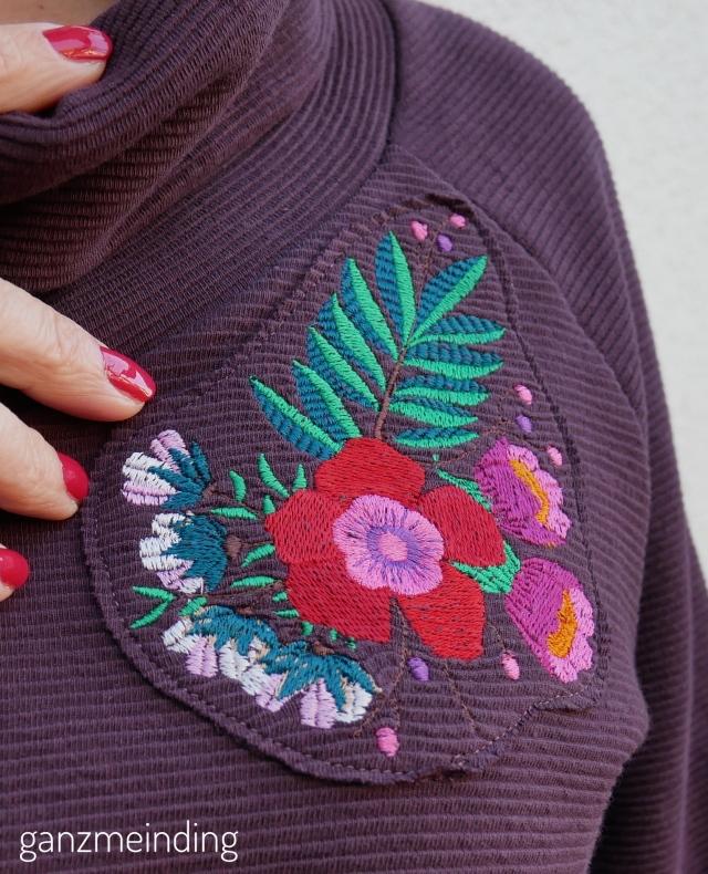 ganzmeinding: Frau Polly von fritzi schnittreif mit stickerei bouquet von Lila-Lotta 01