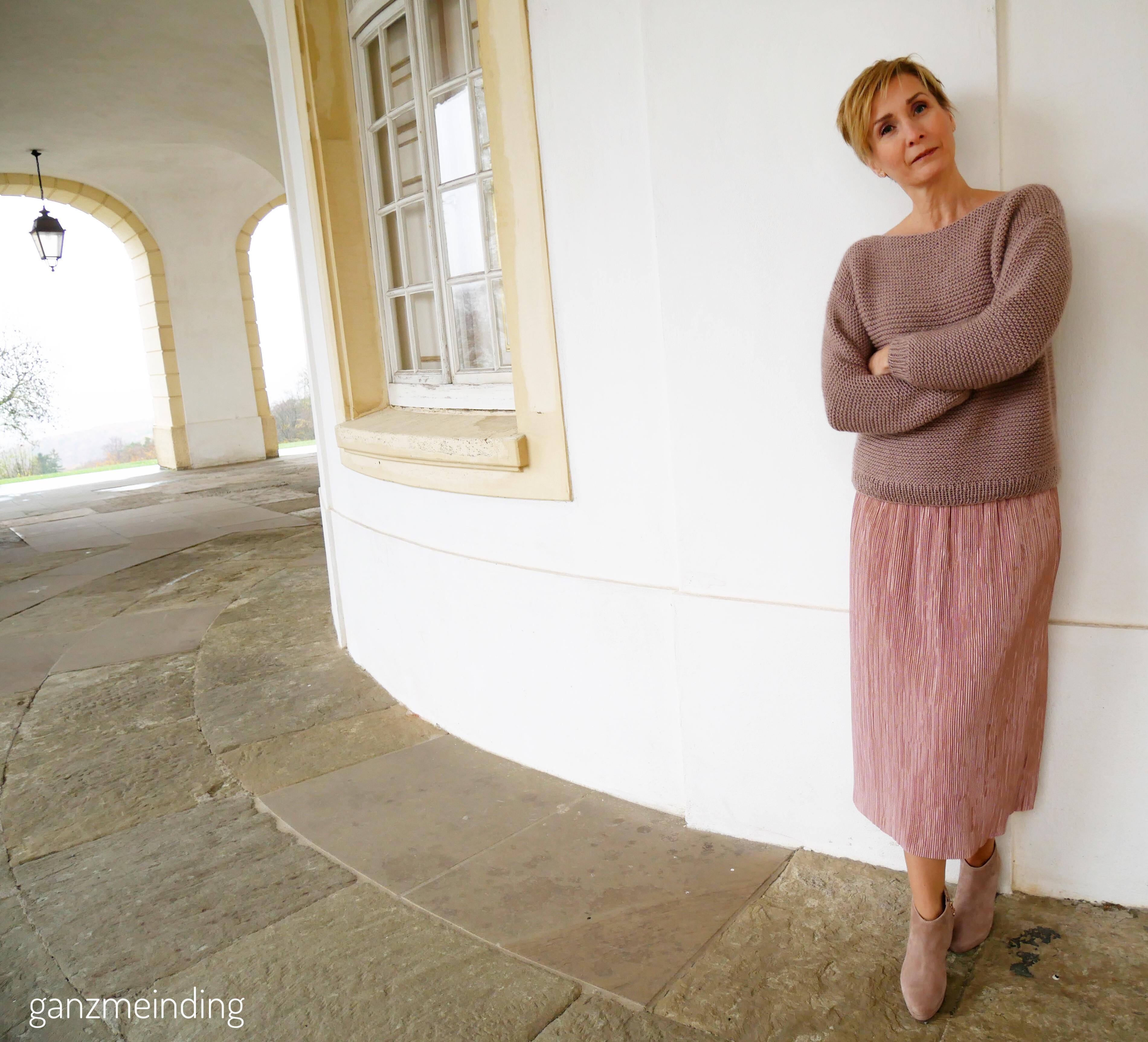 Plisseerock und Dalston Sweater von We are knitters genäht von ganzmeinding 02