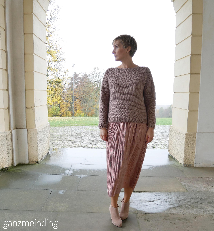 Plisseerock und Dalston Sweater von We are knitters genäht von ganzmeinding 03