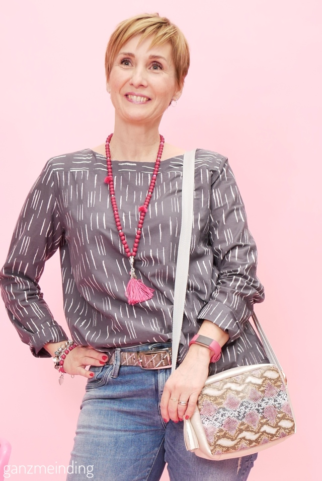 Frau Yoko fritzi schnittreif atelier brunette ganzmeinding 11