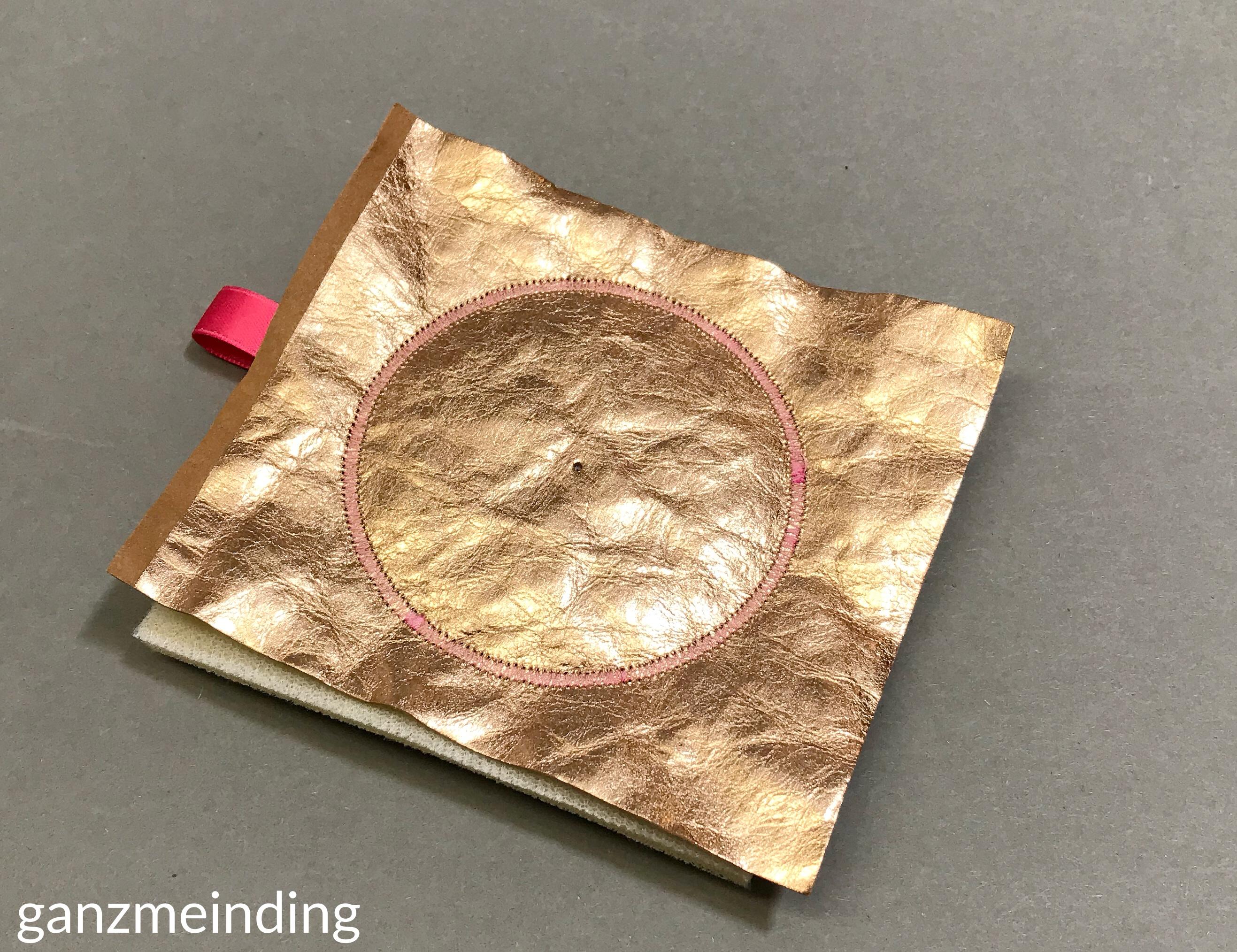 ganzmeinding: Free Tutorial Taschenbaumler Kreisstickapparat Bernina 23