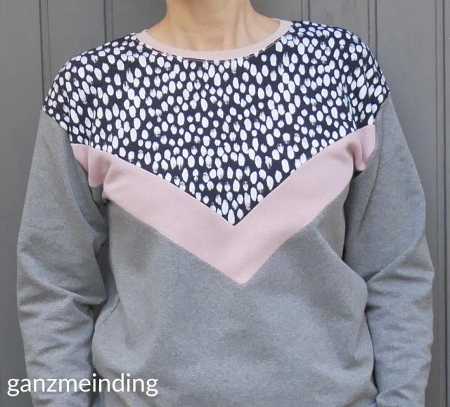 ganzmeinding: Frau Luise Hedi näht, Kleiderständer von Ziito 04