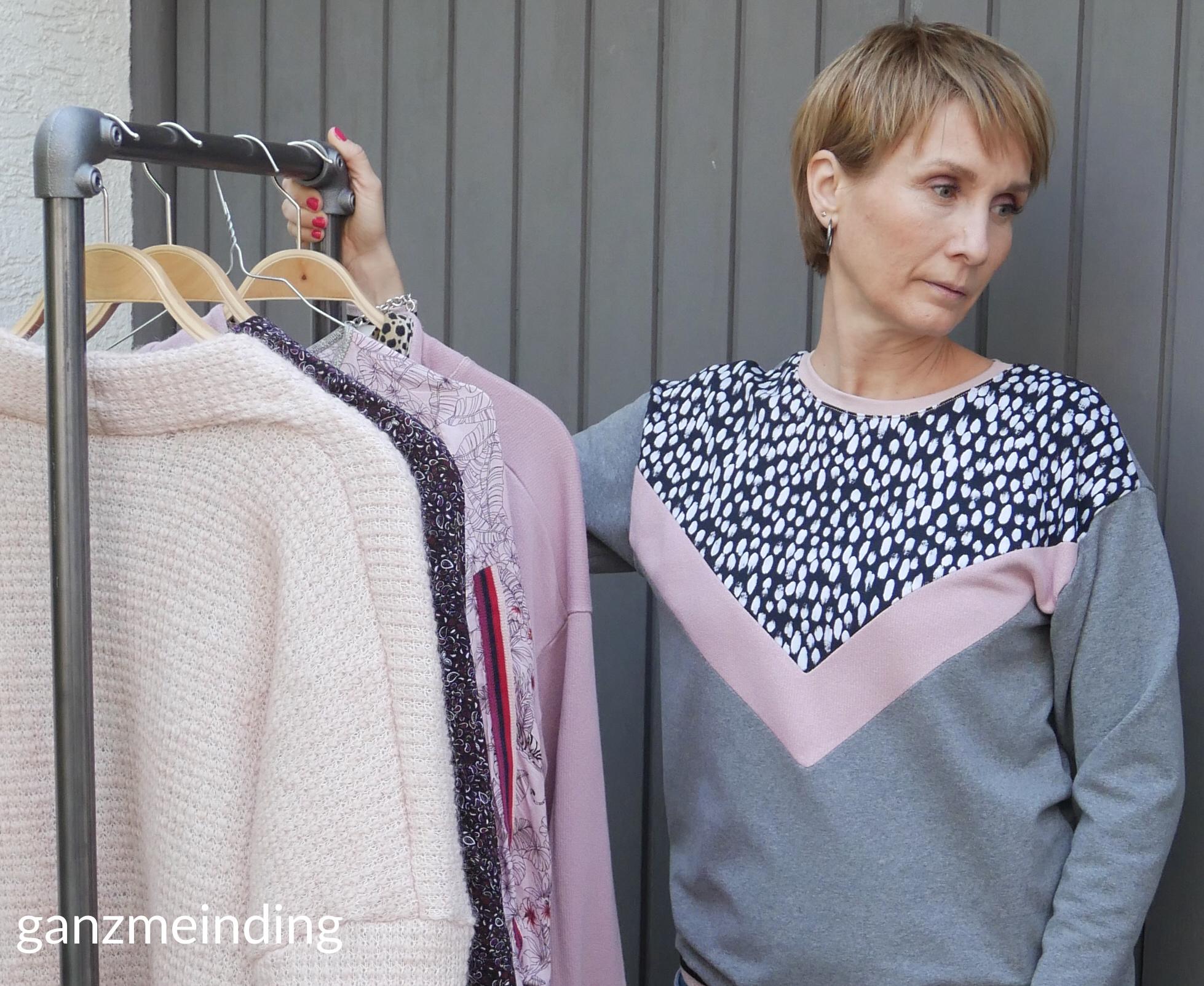 ganzmeinding: Frau Luise Hedi näht, Kleiderständer von Ziito 06